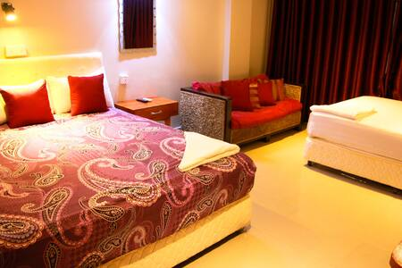 2  Bedrooms Suite, FREE WIFI, FREE Airport Pickup* - Phnom Penh