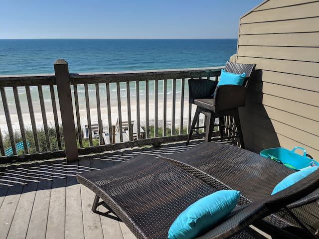 No better view to the Emerald Coast.  White sands and crystal clear water for as far as the eye can see.  Sounds of the waves crashing on shore make the view all the more breathtaking.