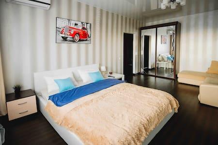 Апартаменты на Введенской 135