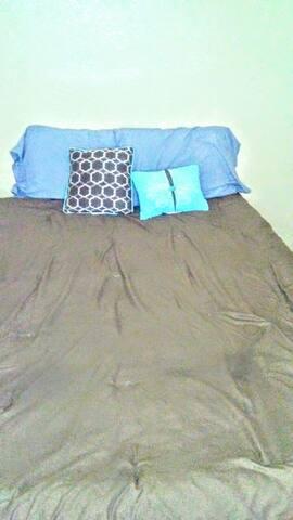 Bedroom close to downtown - Austin - Huoneisto