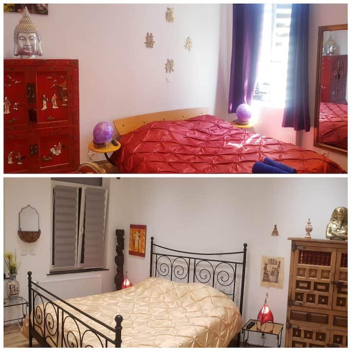 2 chambres dans maison rénovée pour 2à 4 voyageurs