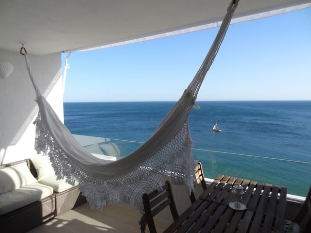 Lingon Silver Apartment, Sesimbra, Portugal