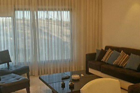 2 Bd panoramic sight apartment 2 - 암만 - 아파트