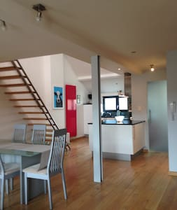 Modern duplex apartment 10 miles from Bruges. - Blankenberge