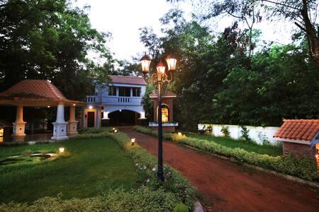 A natural retreat and Resort near santiniketan
