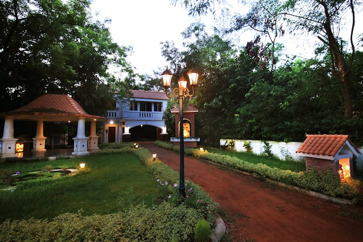 A natural retreat and Resort near santiniketan
