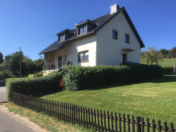 Modernes Ferienhaus in der Eifel