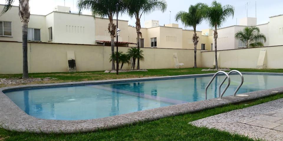 Comoda casa en Condominio privado