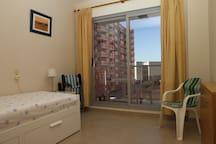 Habitación individual o doble con acceso a la terraza