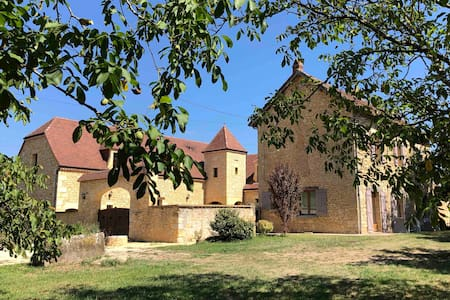 Les Pierres de Tiphaine à Montignac-Lascaux