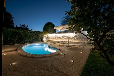 Villa con giardino e piscina in Cerveteri