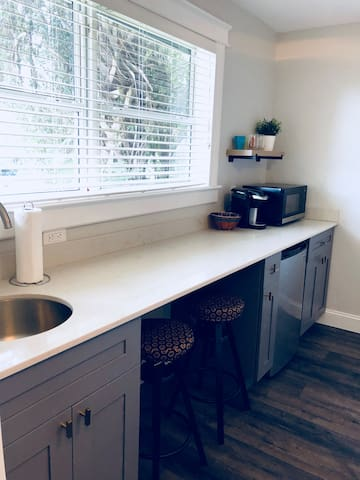 Mini Bar with build in desk/work space.