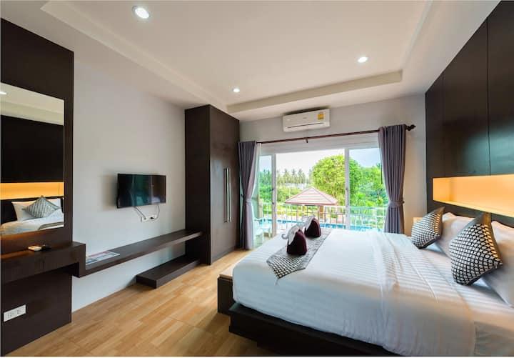 "1 Bedroom Poolside Suite + breakfast ""Phutara"""