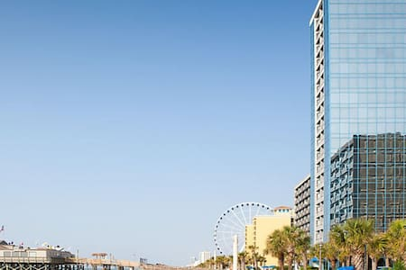 1 Bedroom Condo at Seaglass Tower by Bluegreen
