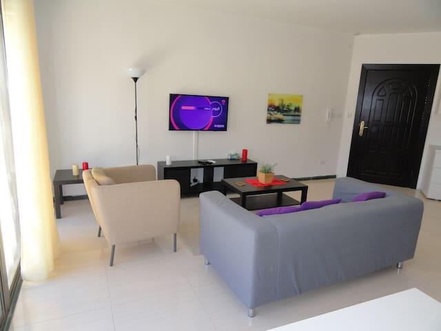 Beautiful Suite style studio + Breath taking views