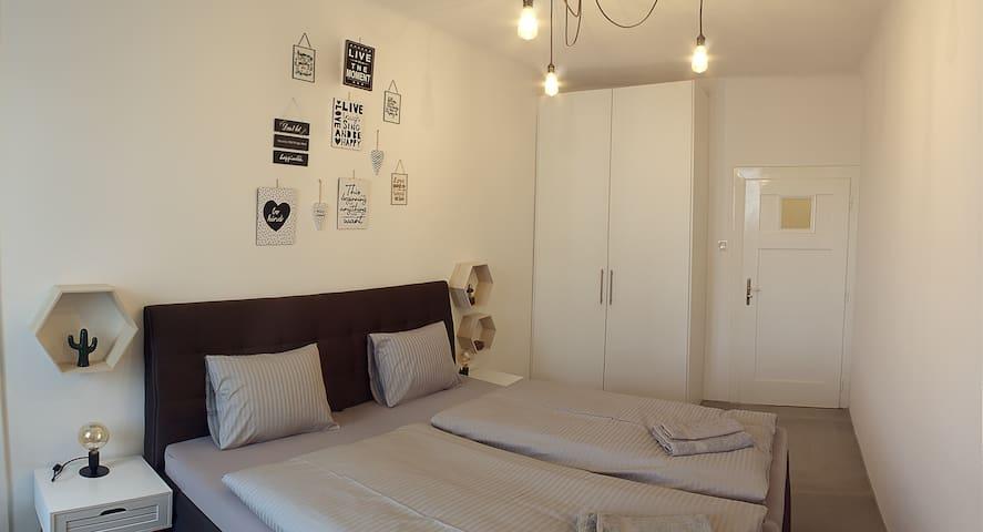 Bedroom / Ložnice