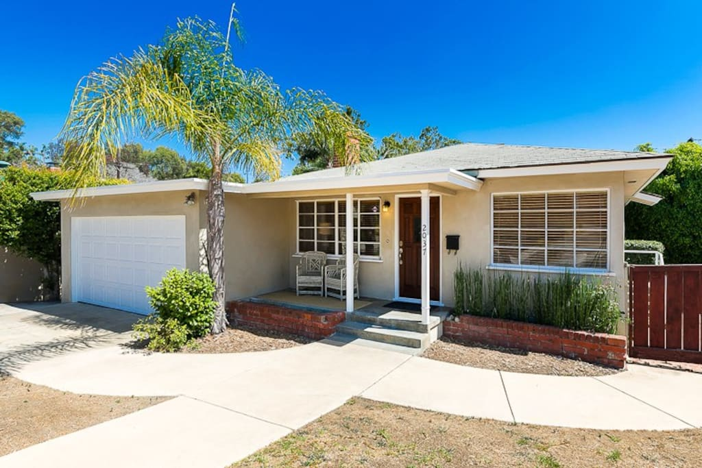 Welcome to this newly updated 3-bedroom cottage in Pacific Beach!