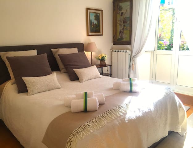 Cosy and comfortable room in Rome with balcony. - Roma - Apartment