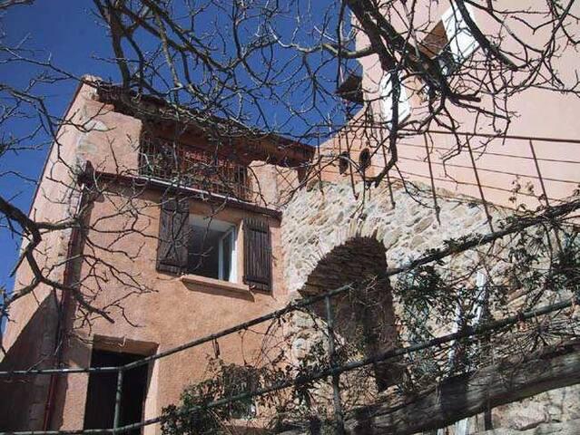 Les Escaliers - Albas - House