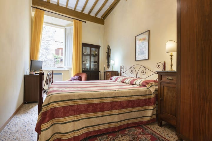 Nice and relaxing room in Montalcino
