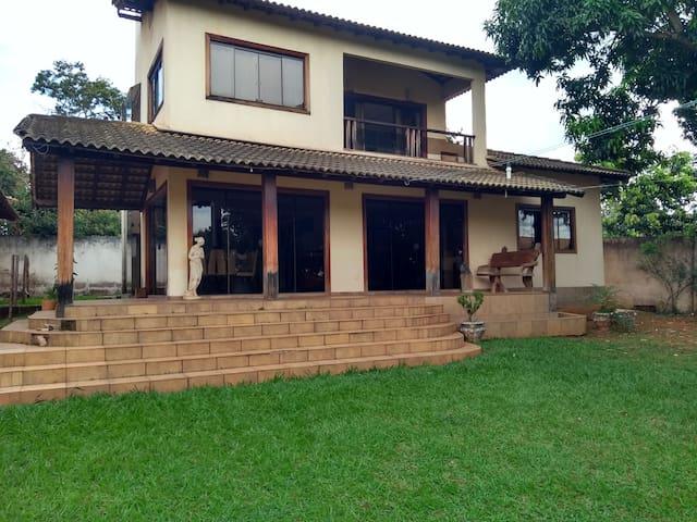 Casa confortável, aconchegante, contato natureza