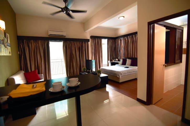 Jacuzzi按摩浴缸studio room : bayou lagoon park resort - Melaka - Condominium