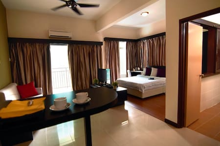 Jacuzzi按摩浴缸studio room : bayou lagoon park resort - Melaka - Appartement
