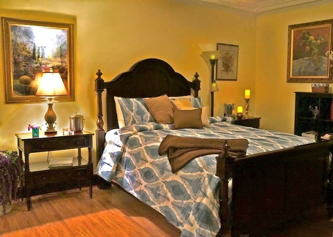 The Chelsea Suite at Horizon View Farms