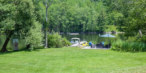 Belgrade Lakes Waterfront Home with a View