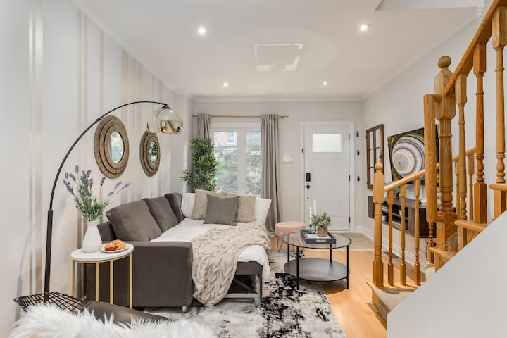 Homey & Elegant 3-Bedroom House in the Annex