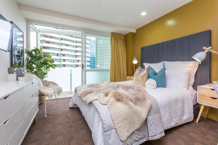 Delux Queen and 5 Star Location - Auckland - Apartment