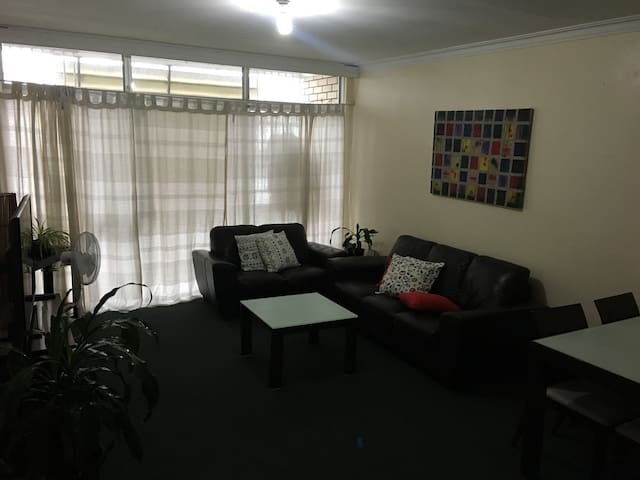 Bedroom in South Brisbane / excellent location