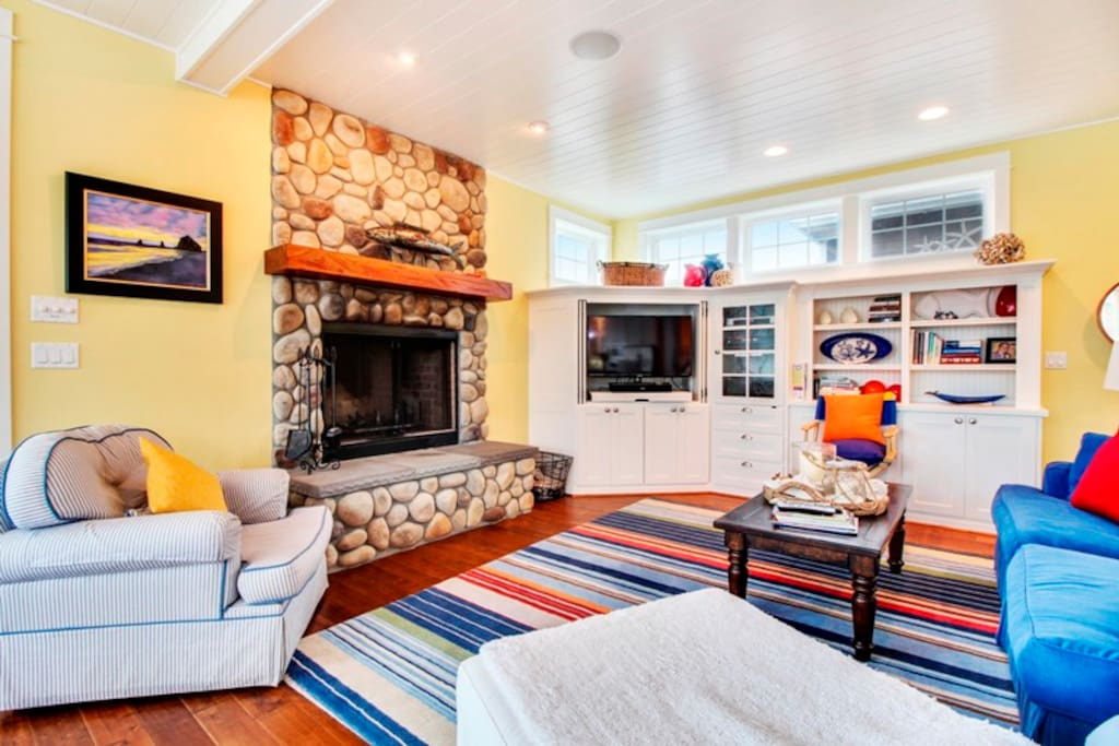 Living room with wood fireplace at Nantucket West