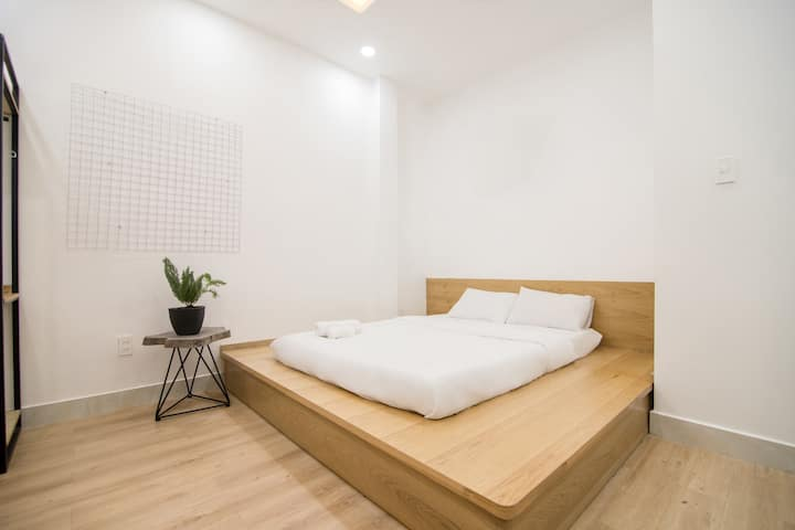 Cheap new private bedroom near airport | SGD