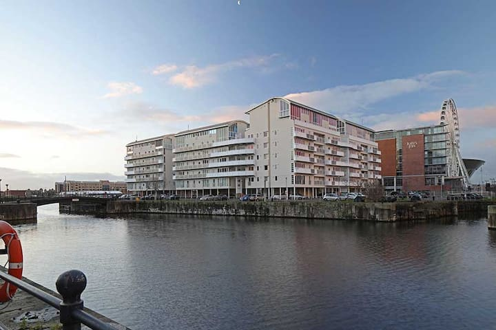 Modern 2 bed apt Waterfront city centre - Liverpool - Apartament