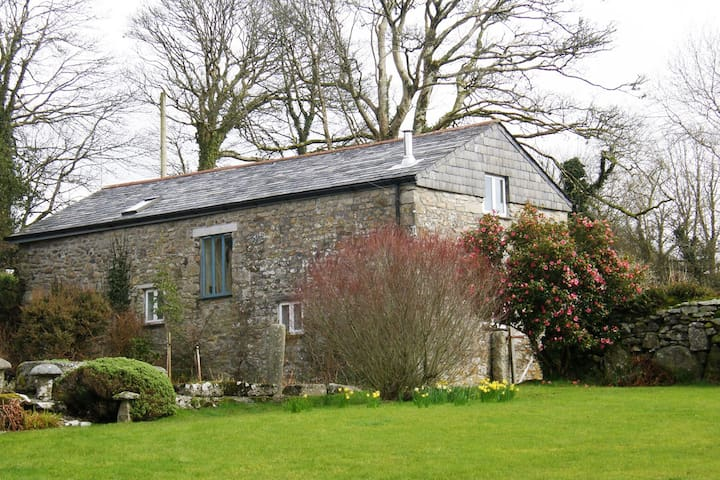 The Barley Crush - converted barn near Bodmin Moor - Cornwall