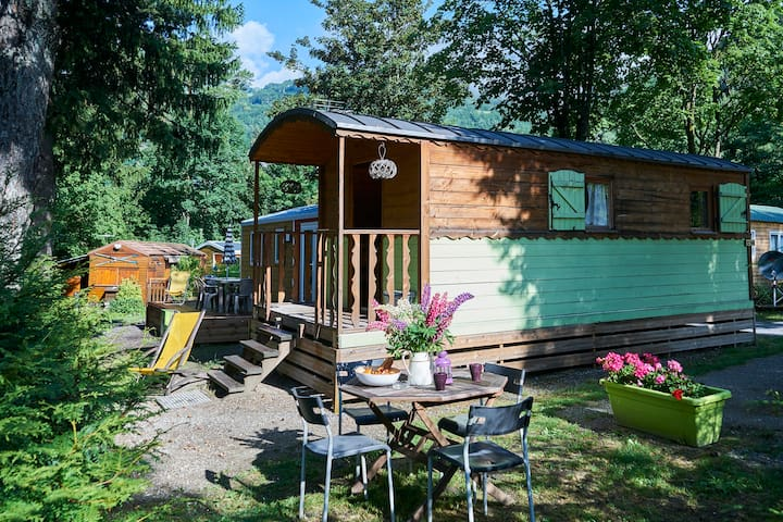 Roulotte bohème en Savoie