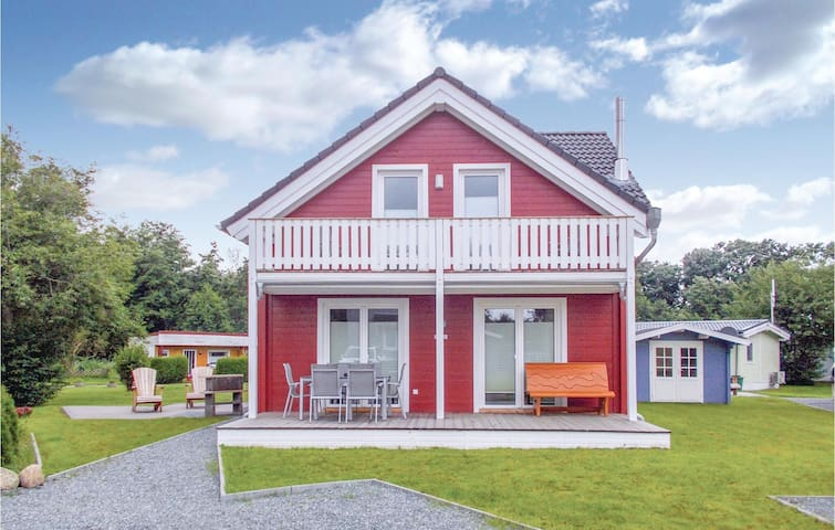 Holiday cottage with 3 bedrooms on 77m² in Süssau/Ostsee