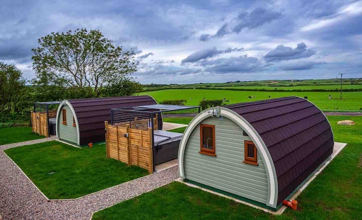 Causeway Country Pods (Priestland Pod - Hot Tub)