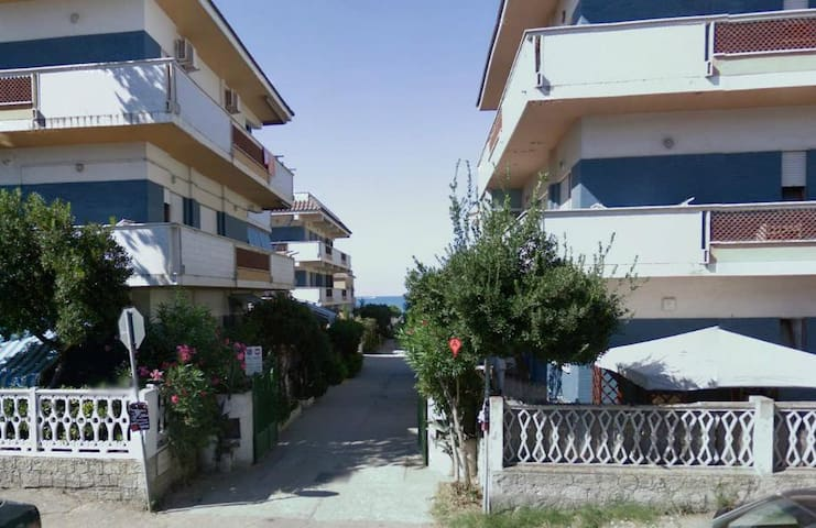 Appartamento 100mq a 20m dal mare,vicino zooMarine - Torvaianica
