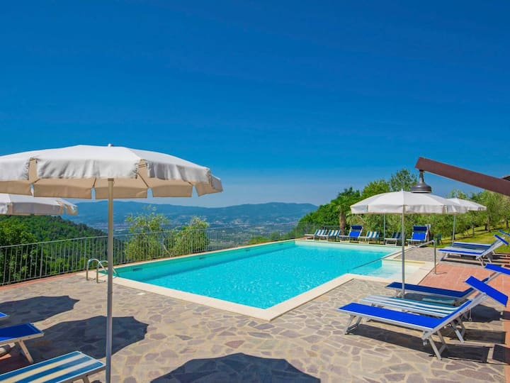 Viuzza-Lovely house with pool