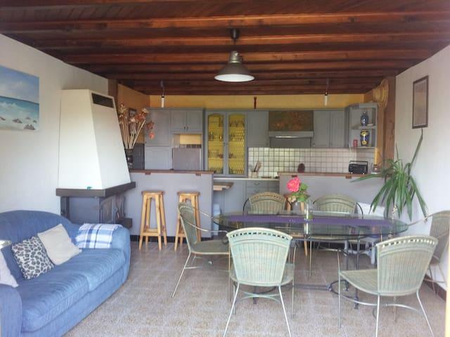 4 Chambres privées D' ARBOYS EN BUGEY - Arbignieu - 獨棟