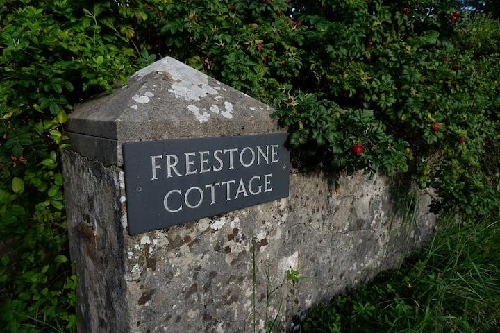 Freestone Cottage - Garden Annex
