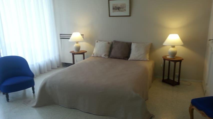 La chambre ivoire sur terrasse