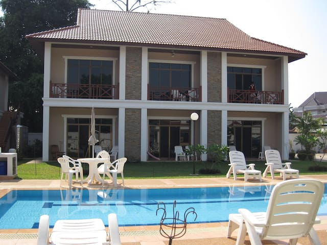 Vikeo Villas Serviced Apartments - Vientiane - Apartment