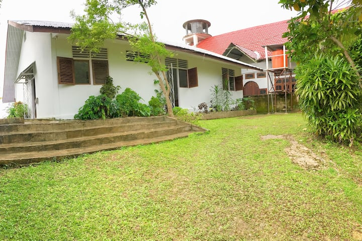 Cottage in Papua; enjoy Melanesian culture!