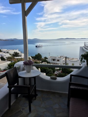 MYKONIAN FRIENDS HOUSE FOR  6 PAX - Mikonos - House