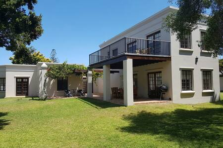 Kwaaiwater Home Newly Renovated - Hermanus - 一軒家