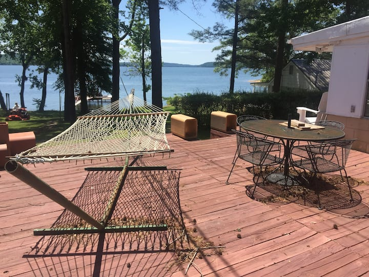 Jim's Place on Pickwick Lake at Eastport