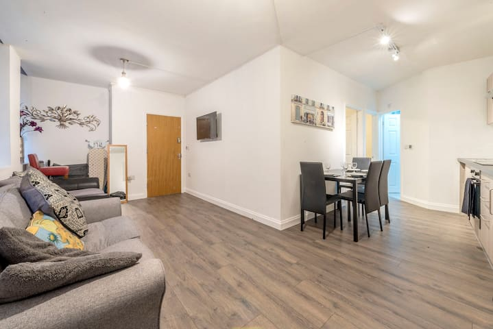 Manchester Printworks 3 bedroom  apartment